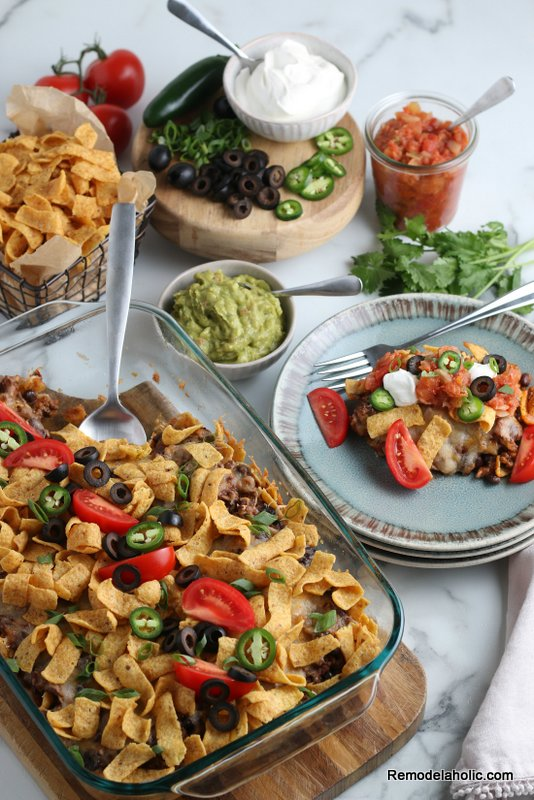 Bake up this cheesy, crunchy Mexican delight tonight! Frito Pie Recipe from Remodelaholic.