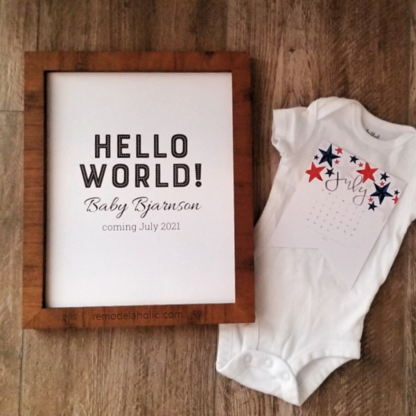 Hello World Printable Pregnancy Announcement PDF And Calendar #remodelaholic