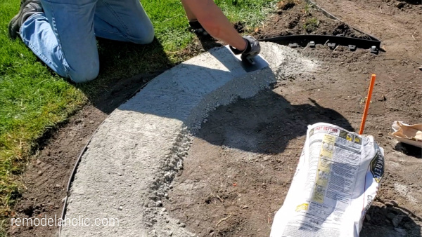 How To Lay A Concrete Base For A Planter With Landscaping Blocks, Remodelaholic