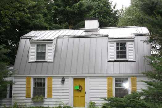standing-seam-metallic-finish-roof