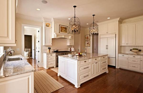 Crown Molding In A Kitchen