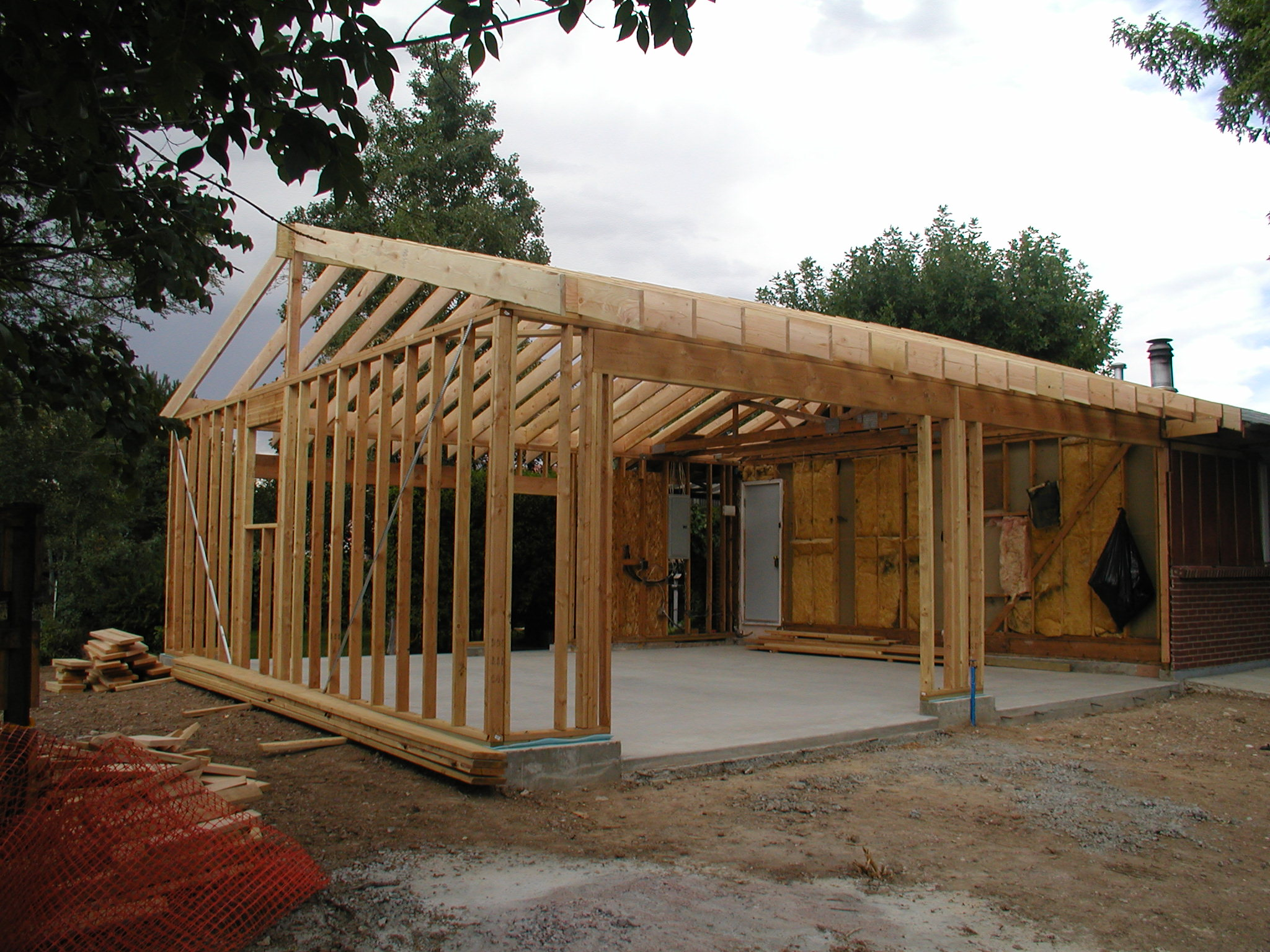 Top 20 home addition costs and roi 2017 2018 home for Building detached garage cost