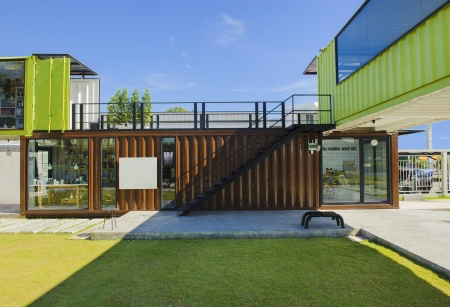 Big container house made of 3 parts