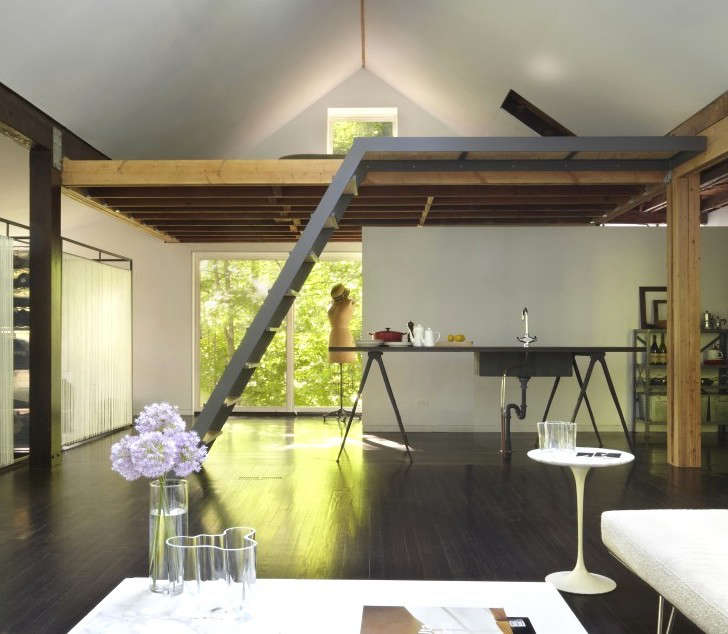 The New Pioneers An Architects One Room Family House