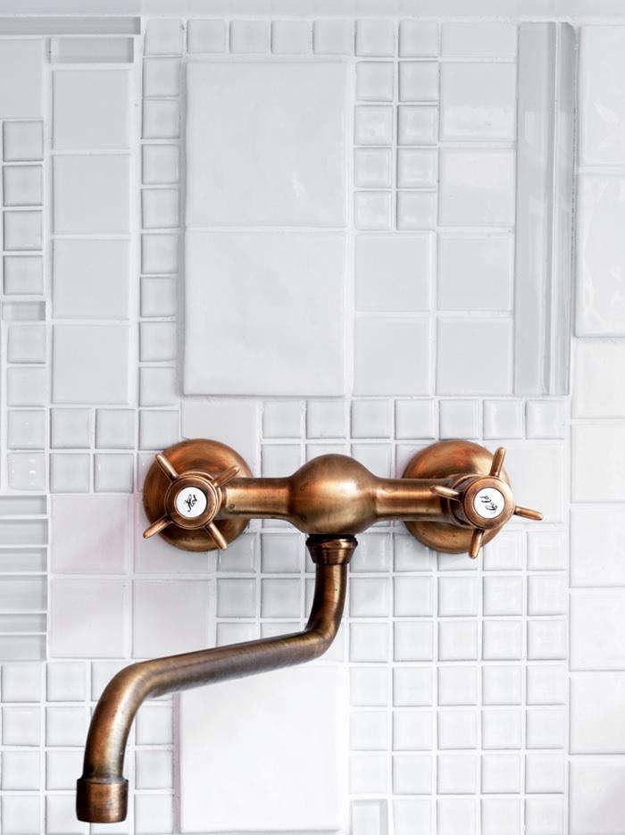 textural white tile backsplashes