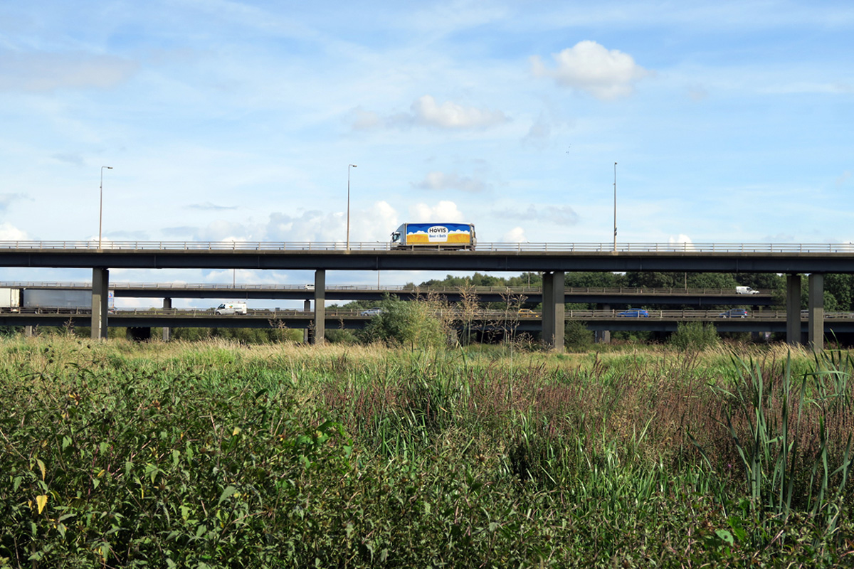 The M25 crossing the Mardyke Valley