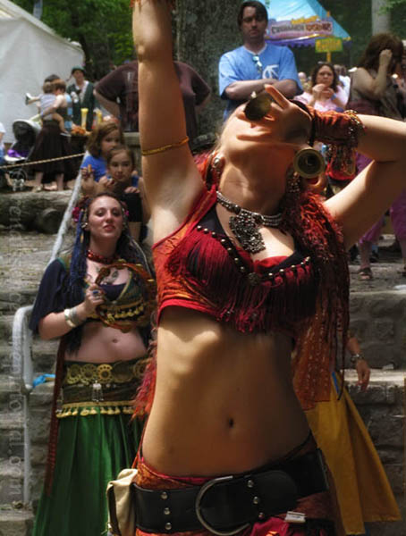 Rashaka Belly dance troupe