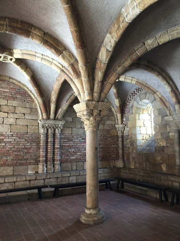 Pontaut Chapter House, The Cloisters