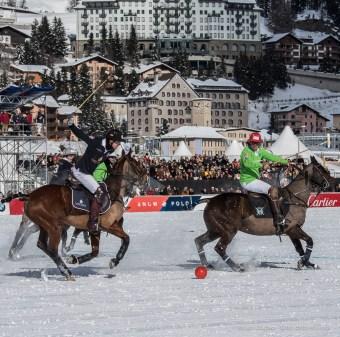 Sankt Moritz Snow Polo 2015 - Nikon D810, 125mm (85-400mm ƒ4.5-5.6) 1/1250 ƒ/9 ISO 200