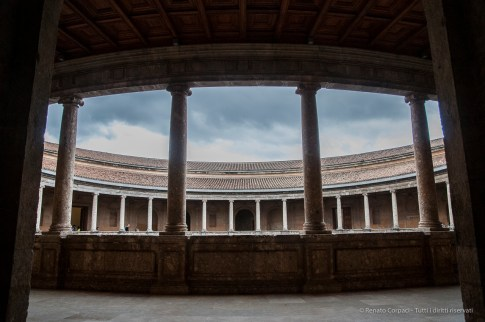 Alhambra, Palazzo di Carlo V, Granada, aprile 2015 - Nikon D300s, 16mm (16-85mm ƒ/3.5-5.6) 1/1250sec ƒ/4.5 ISO 640