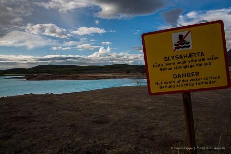 """Bathing strichtly forbidden"". Nikon D810, 24 mm (24-120.0 mm ƒ/4) 1/200 sec ƒ/8 ISO 64"