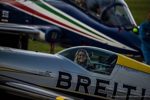 Aude Lemordant on her single propeller Extra 330 SC. Nikon D810, 400 mm (80-400.0 mm ƒ/4.5-5.6) 1/2000 sec ƒ/5.5 ISO 400