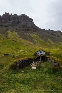 Turf roof houses are commonly found in Iceland, as they offer superior insulation – and cheap – compared to other materials. Nikon D810, 24 mm (24.0 mm ƒ/1.4) 1/250 sec ƒ/8 ISO 400