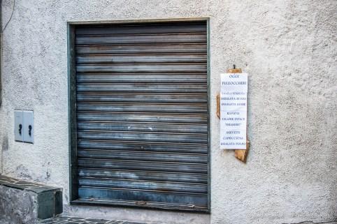 "The day after the vigil. Ponte in Valtellina. Nikon D750, 80 mm (80-400,0 mm ƒ/4.5-5.6) 1/100"" ƒ/4.5 ISO 1000"