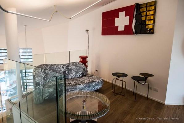 """""""Up In The Sky"""", l'esibizione curata dalla Galleria Rossana Orlandi in un attico del complesso disegnato da Daniel Libeskind nel comprensorio della ex-Fiera di Milano. Nikon D810 24 mm (24 mm ƒ/1,4) 1/60"""" ƒ/3.5 ISO 400"""