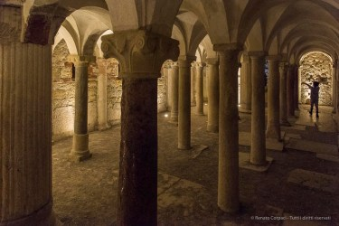 "Crypt of San Salvatore. Nikon D810, 24 mm (24-120.0 mm ƒ/4) 1/100"" ƒ/5.6 ISO 12800"