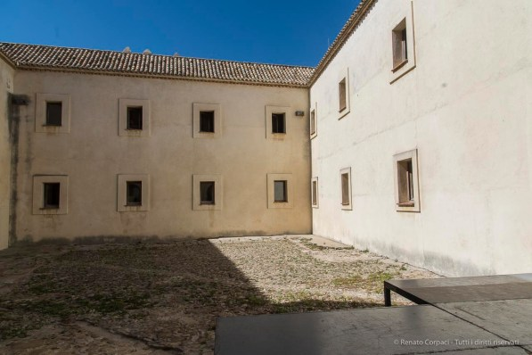 "Tarifa, Castillo de Guzman. Nikon D810, 24 mm (24-120,0 mm ƒ/4) 1/320"" ƒ/8 ISO 64"