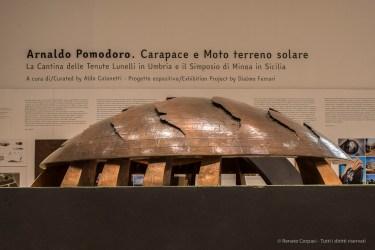 """Milano, Palazzo della Triennale, Arnaldo Pomodoro, Carapace, Cantine Lunelli in Umbria. Nikon D750, 24 mm (24.0 mm ƒ/1.4) 1/8"""" ƒ/8 ISO400"""