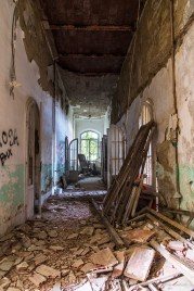 "Volterra, formerly the psychiatric asylum. January 2017. Nikon D810, 24 mm ( 24-120.0 mm ƒ/4) 30"" ƒ/8 ISO 64."
