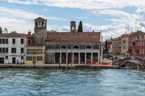 "Chiesa di Sant'Eufemia, Giudecca, Venezia. Nikon D810, 78 mm (24-120 mm ƒ/4) 1/400"" ƒ/8 ISO 100"