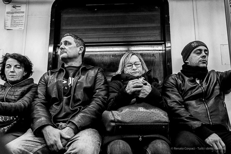 On the train from Ostia to Rome. Nikon D810, 35 mm (35.0 mm ƒ/2) 1/200 ƒ/4 ISO 12800