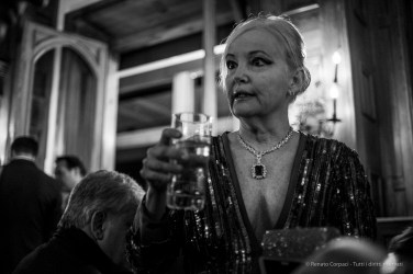 "Marchesa Roberta Gilardi Sestito, Badrutt's Palace cocktail reception, Snow Polo World Cup, St. Moritz, January 2018. Nikon D810, 35 mm (35 mm ƒ/2) 1/100"" ƒ/2 ISO 1100"