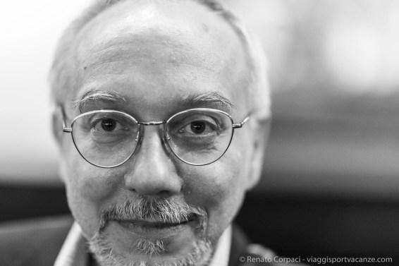 """Andrea Dall'Asta Sj, director, Galleria San Fedele. Milano, April 2018. Nikon D810 85 mm (85 mm ƒ/1.4) 1/125"""" ƒ/1,4 ISO 1800"""