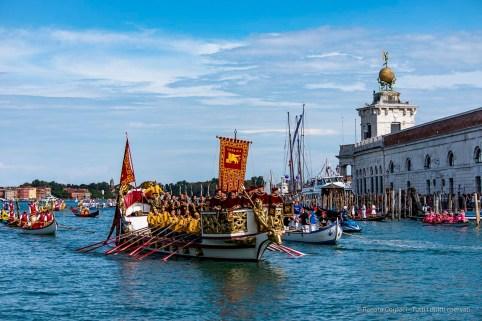 "The Bucintoro in front of Punta della Dogana. Historical Regatta. Canal Grande, Venice, September 2018. Nikon D750, 80 mm (80-400 mm ƒ/4.5-5.6) 1/1600"" ƒ/4.5 ISO 100"
