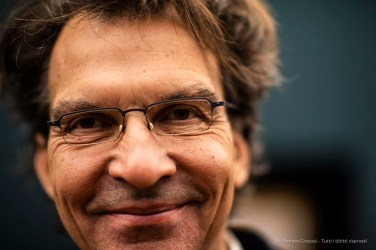 """Sjarel Ex, Director Museum Boijmans Van Beuningen. Alba, October 2018. Nikon D810, 85 mm (85 mm ƒ/1.4) 1/125"""" ƒ/1.4 ISO 1000"""
