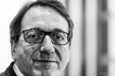 Gian Carlo Muzzarelli, mayor of Modena. Nikon D810, 85 mm (85 mm ƒ/1.4) 1/125 ƒ/1.4 ISO 800
