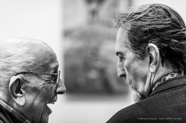 Franco Fontana and Giovanni Gastel. Como, April 2019. D810, 85 mm (85 mm ƒ/1.4) 1/125 ƒ/1.4 ISO 560