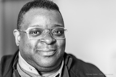 Isaac Julien, filmmaker and installation artist. Milano, April 2019. Milano, April 2019. Nikon D810, 85 mm (85 mm ƒ/1.4) 1/125 ƒ/1.4 ISO 4500