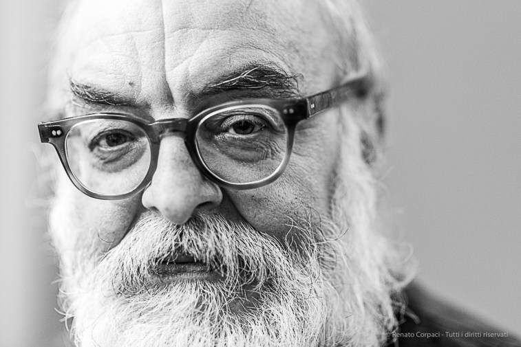 """Maurizio Rebuzzini, editore e direttore di FOTOgraphia. Milano, February 2020. Nikon D810, 85mm (85,0 mm ƒ/1.4) 1/125"""" ƒ/1.4 ISO 1100"""