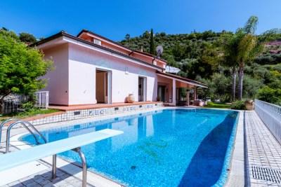 fotografia della piscina