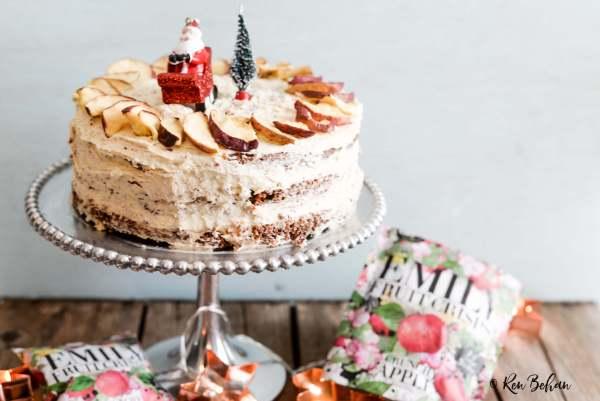easy-christmas-cake-crunchy-apple_-3