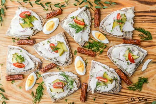 Open Turkey Sandwiches - Turkey leftovers recipe on Renbehan.com
