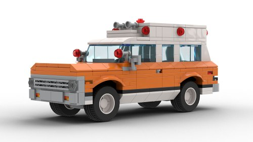 LEGO Chevrolet Suburban 72 Ambulance model