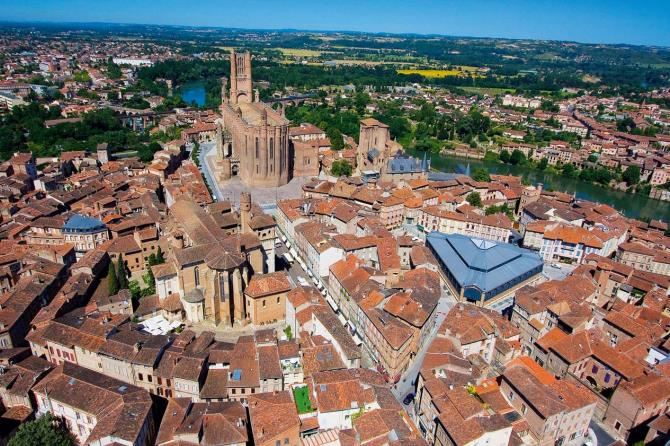 "Albi, ""the red town""."