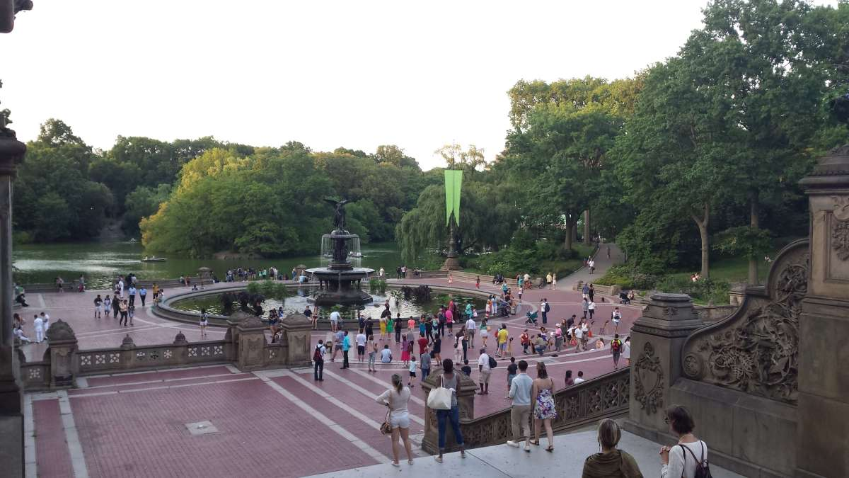 Rendezvous at the Bethesda Fountain in Central Park