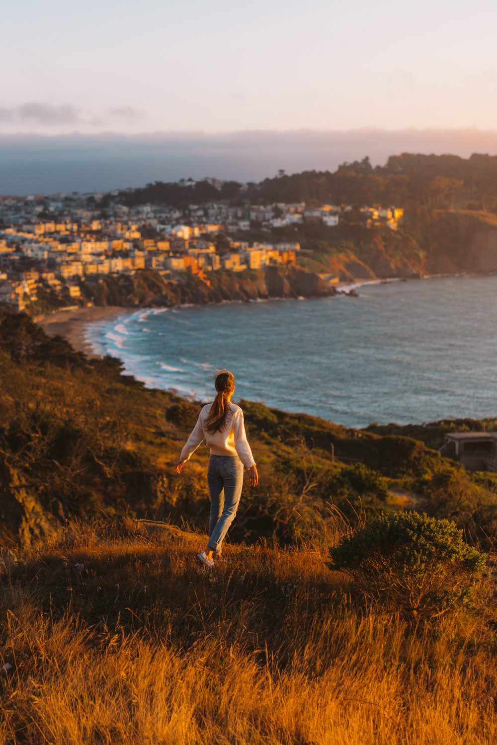 How-to-Spend-24-Hours-in-San-Francisco-Golden-Sunset-Renee-Roaming