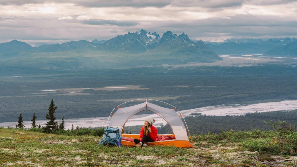 Get-Outside-Beginners-Guide-to-Camping-BANNER