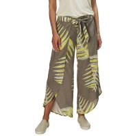 What to Pack for a Tropical Vacation to The Islands of Tahiti Patagonia Garden Island Pant