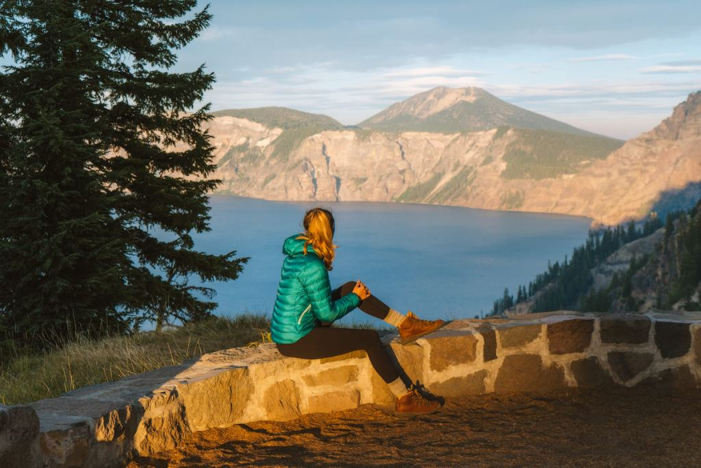 Scenic Oregon 7 Day Road Trip Exploring the Mountains and Coast - Crater Lake Rim Walk