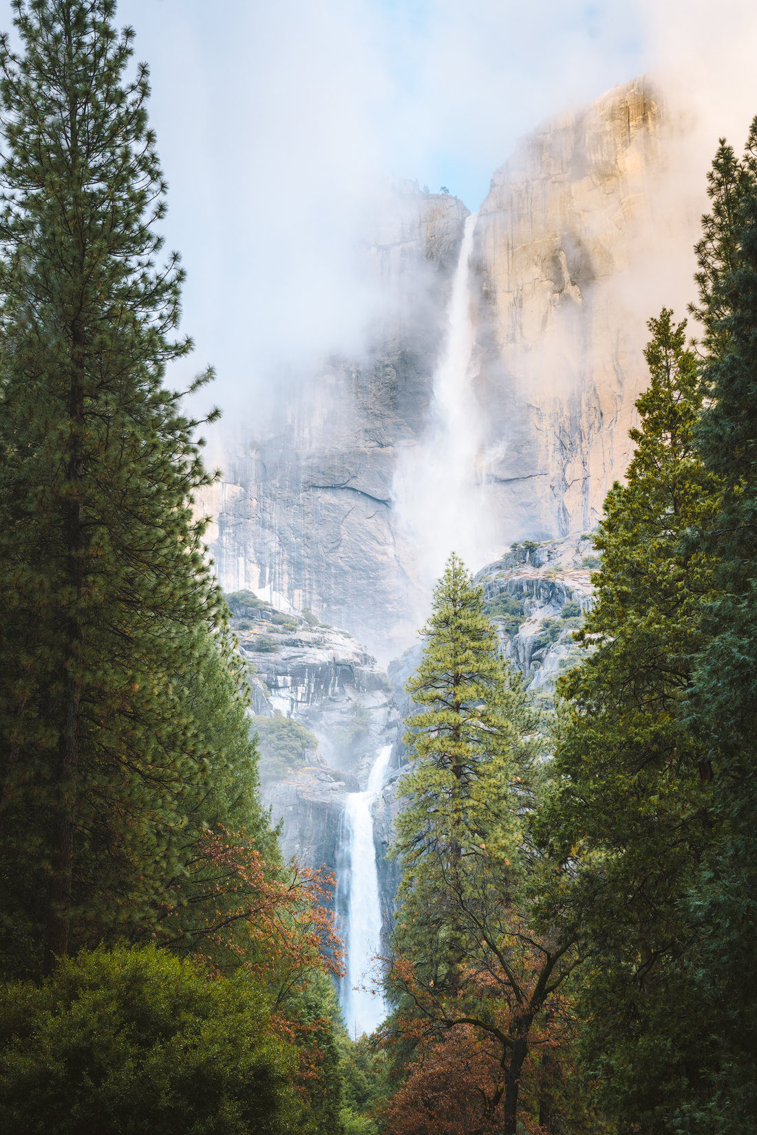 9 Spring Travel Destinations to Inspire Your Next Trip - Yoesmite National Park California Waterfall