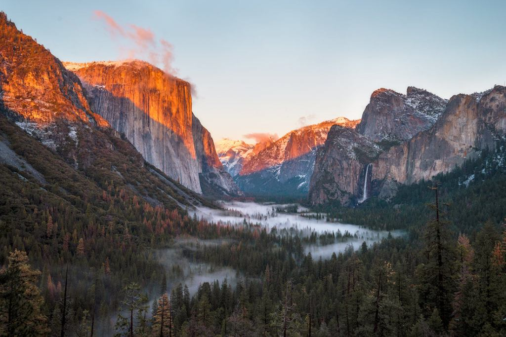 9 Spring Travel Destinations to Inspire Your Next Trip - Yoesmite National Park California