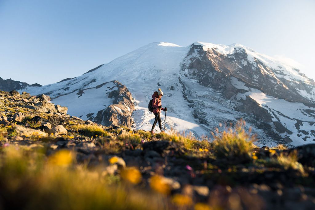 how to plan the perfect national parks trip - hiking in mount rainier national park