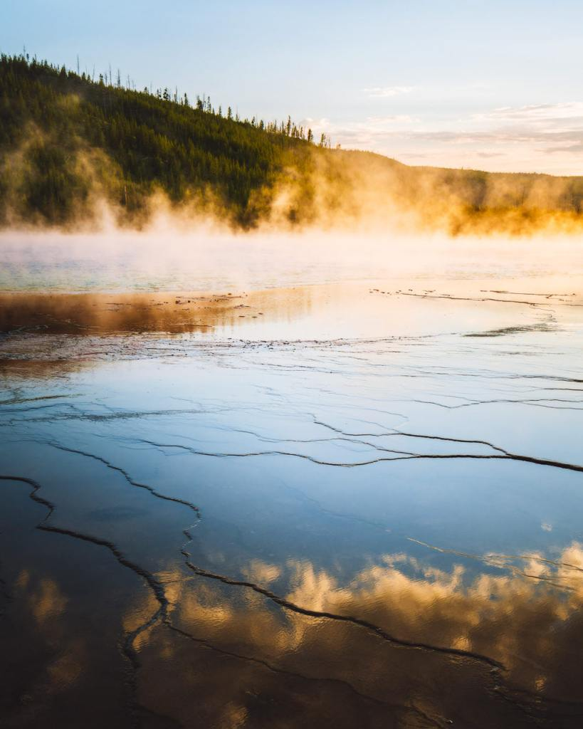 Ultimate Yellowstone National Park Guide and Itinerary - Grand Prismatic Spring Boardwalk