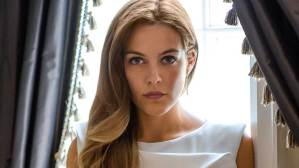 Is There The Girlfriend Experience Season 2? Cancelled Or Renewed?