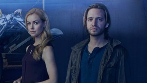 12 monkeys season 3 renewed syfy