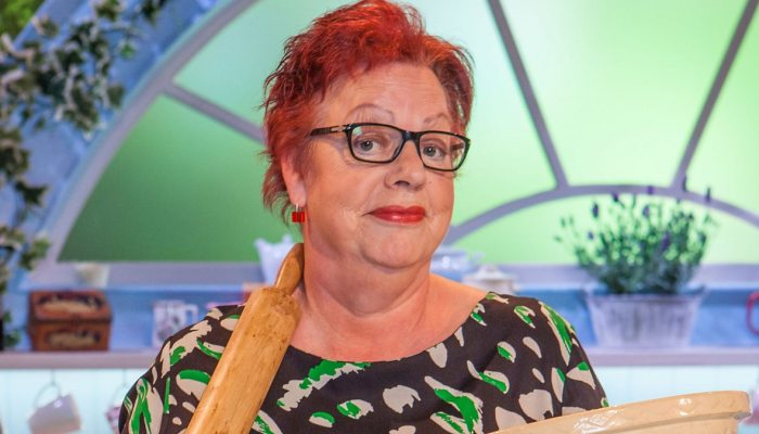 The Great British Bake Off: An Extra Slice Series 4